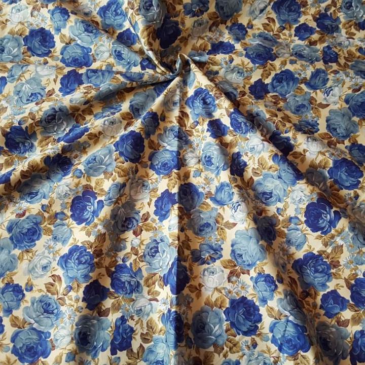 Ткань хлопок Розы голубого цвета