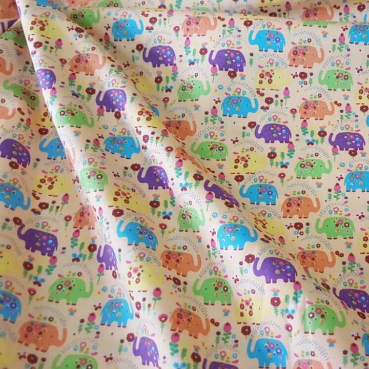 Ткань хлопок Слоники на персиковом фоне