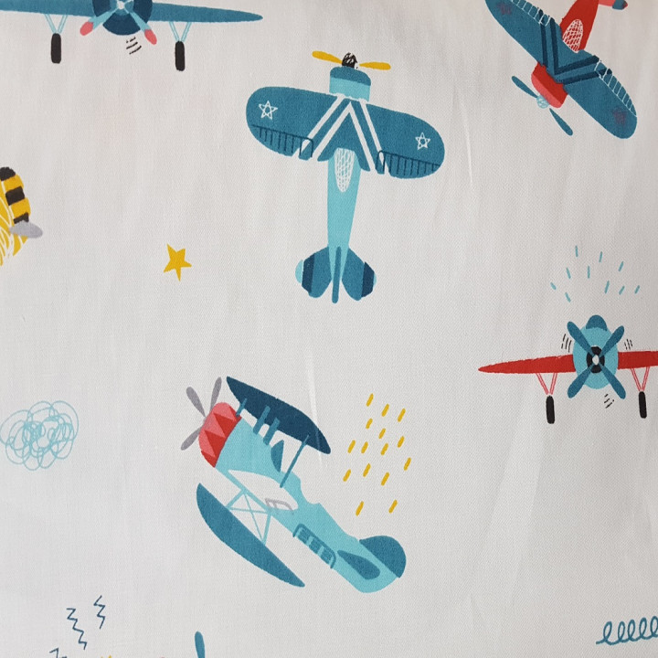 Ткань хлопок Самолеты голубые на белом
